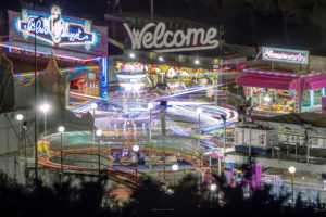 Alessia Scarso fotografa luna park modica lightpainting lunga esposizione giochi divertimento