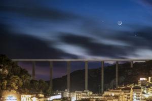 Alessia Scarso astrofotografa astrofotografia congiunzione giove, luna, venere, ponte di Modica