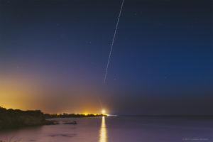 Alessia Scarso astrofotografa astrofotografia ISS Stazione Internazionale Spaziale su faro di Punta Braccetto luogo di Montalbano