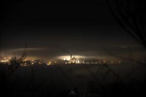 Astrofotografa Alessia Scarso astrofotografia san francesco rivotorto nebbia paesaggio notturno